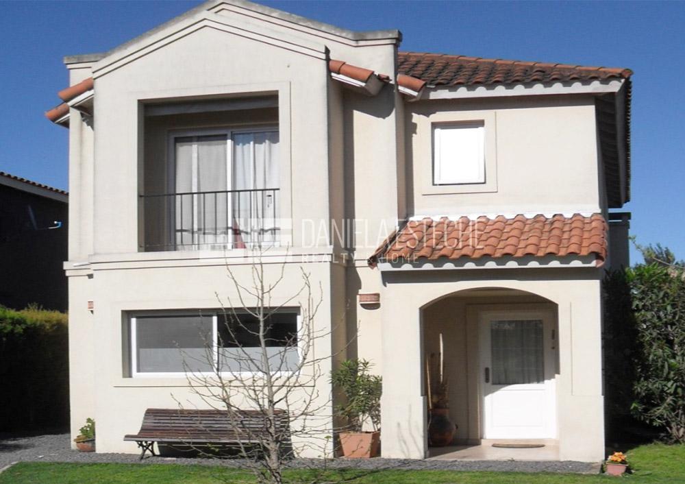 Foto Casa en Venta en  La Candela,  Countries/B.Cerrado (Pilar)  La Candela