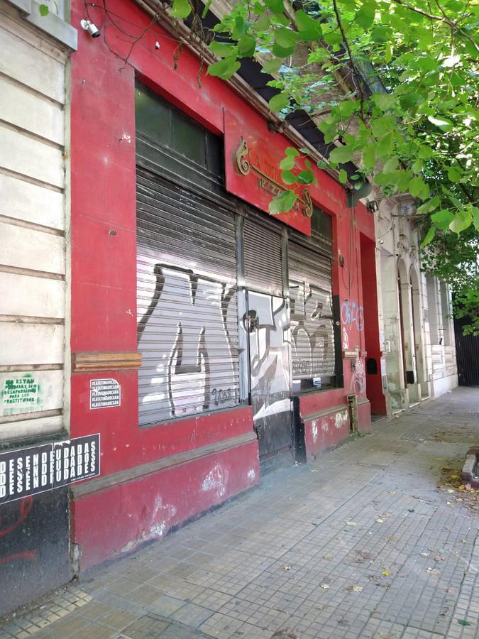 Foto Local en Alquiler en  La Plata,  La Plata  54 e/ 6  y 7