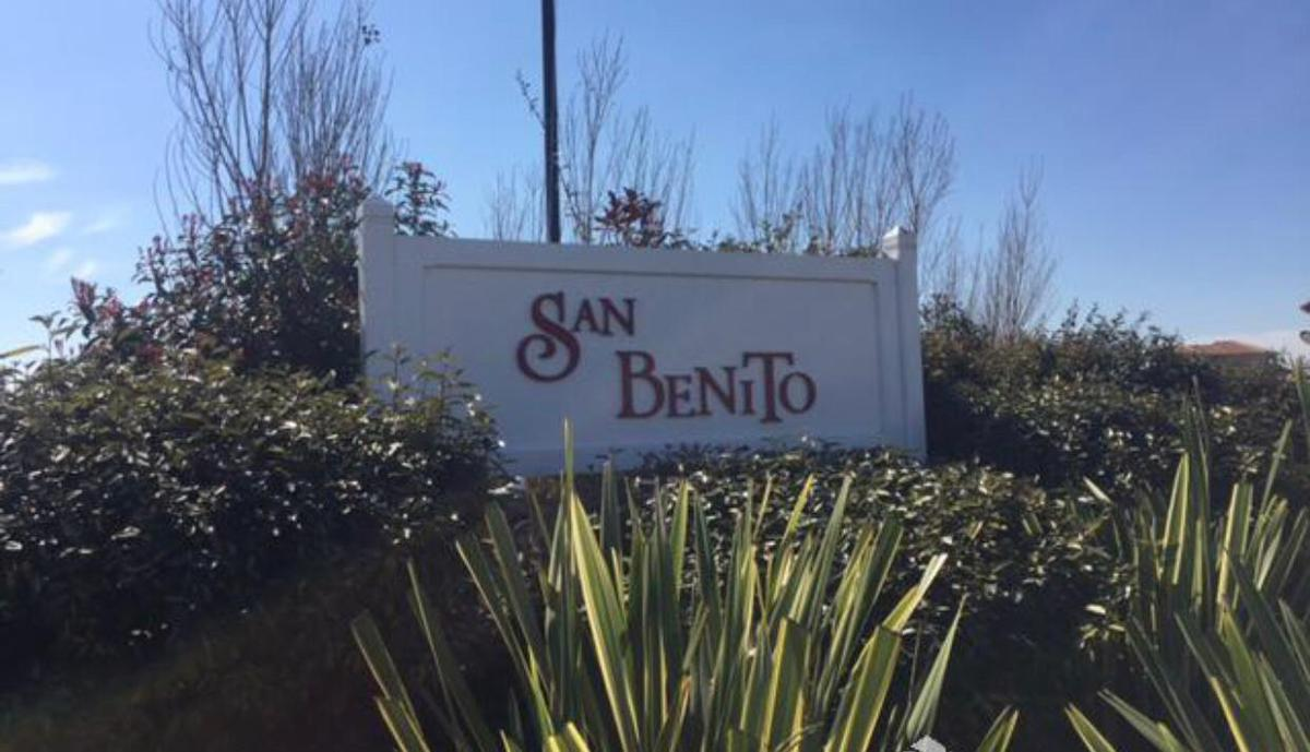 Foto Casa en Alquiler temporario en  San Benito,  Villanueva  Deán Funes 4000, Dique Luján