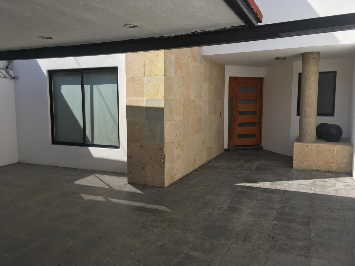 Foto Casa en Renta en  Fraccionamiento Hacienda Real Tejeda,  Corregidora  RENTA CASA AMUEBLADA EN TEJEDA, CORREGIDORA QUERTARO