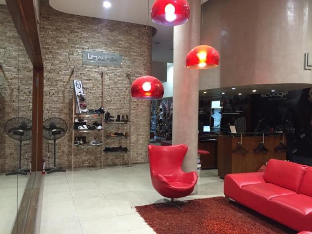 Foto Local en Alquiler en  Microcentro,  Centro  AV. DE MAYO Y PERU