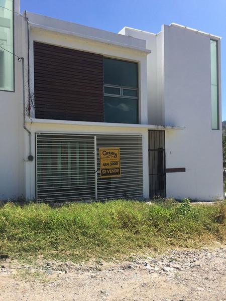 Foto Casa en Venta en  Milpizaco,  Chilpancingo de los Bravo  Casa en Col.Denominado Milpizaco lote 5.