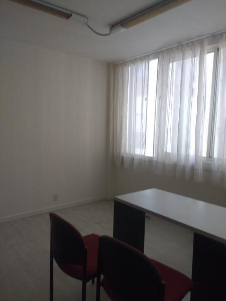 Foto Oficina en Venta en  Centro ,  Capital Federal  Av.Rivadavia al 700