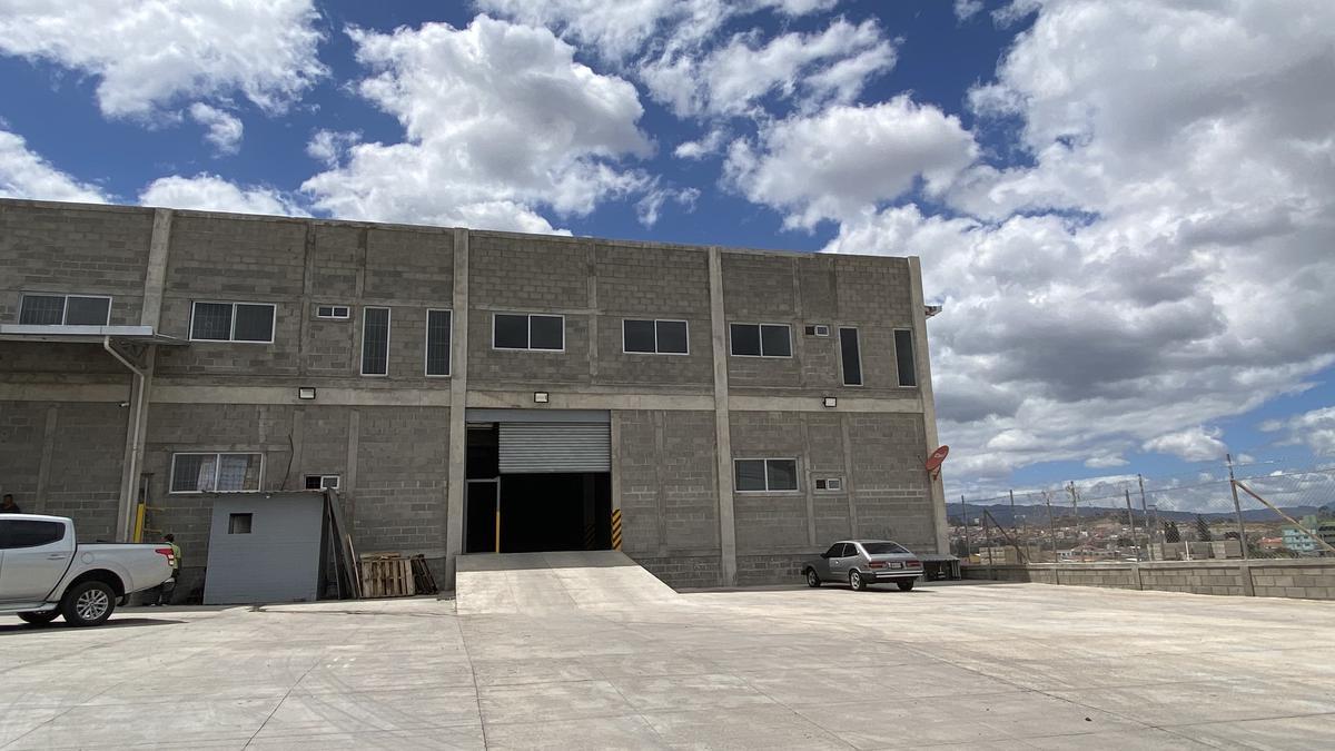 Foto Bodega Industrial en Venta en  Anillo Periferico,  Tegucigalpa  Ofibodega en Anillo Periférico, Tegucigalpa