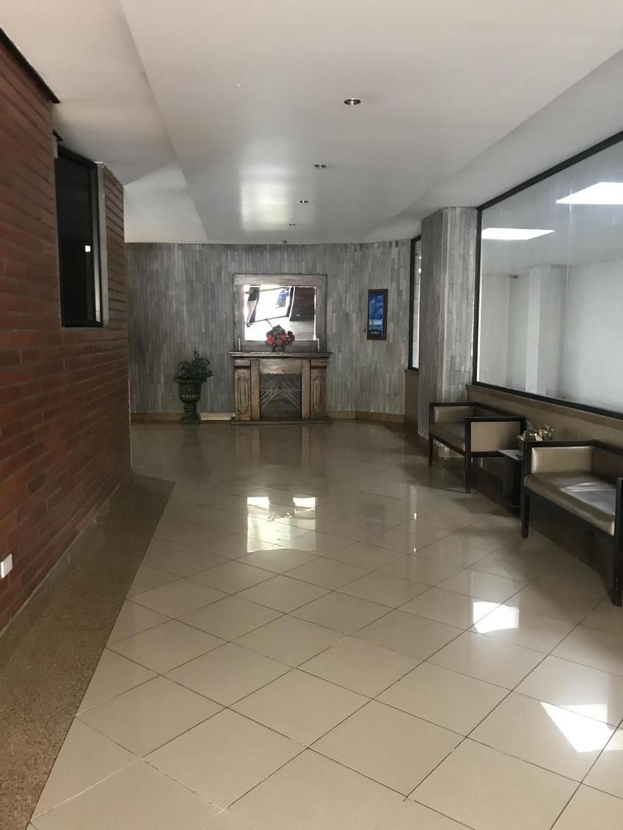 Foto Departamento en Venta en  Norte de Quito,  Quito  Portugal