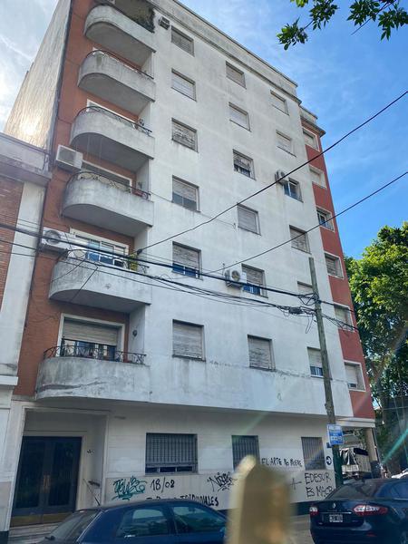 Foto Departamento en Venta en  Lomas de Zamora Oeste,  Lomas De Zamora  AZARA 90 4º 18