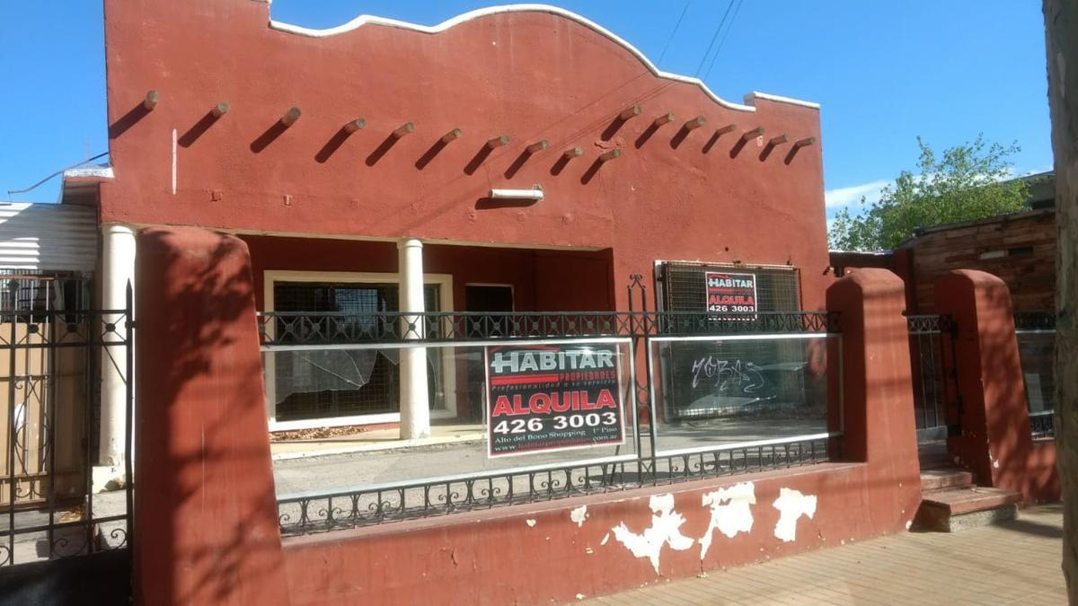 Foto Local en Venta en  Rivadavia ,  San Juan  Avda. Libertador Gral. San Martín 4290 Oeste, próximo a Meglioli