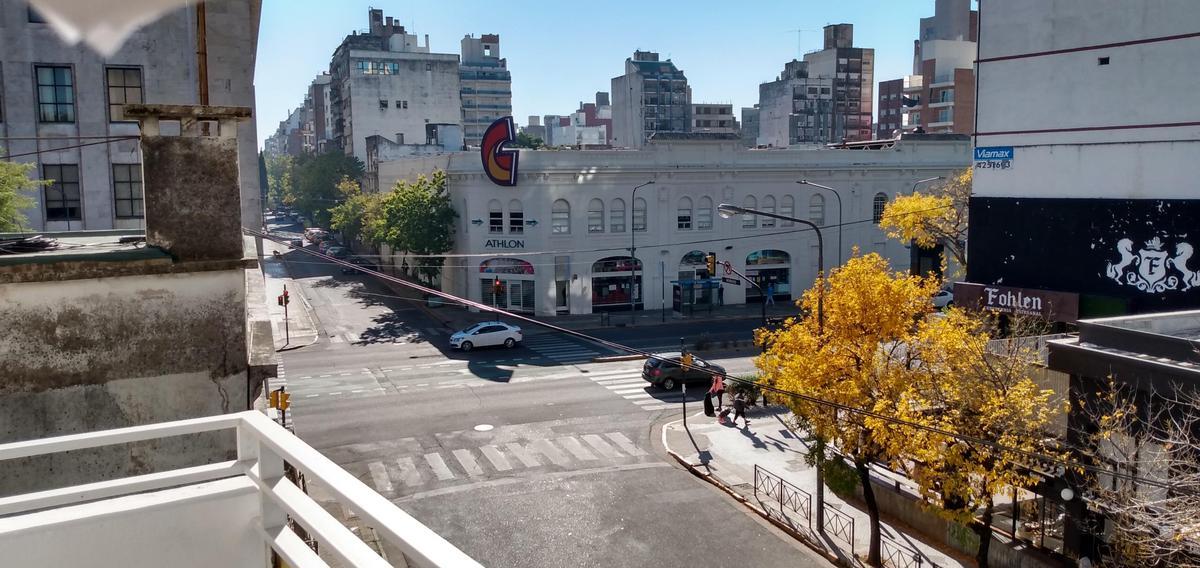 Foto Departamento en Alquiler en  Centro,  Rosario  1 dormitorio - Moreno 1724 a metros del Parque Independencia y Tribunales  - Cochera opcional