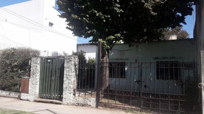Foto Casa en Venta en  Billinghurst,  General San Martin  General Lavalle al 4900