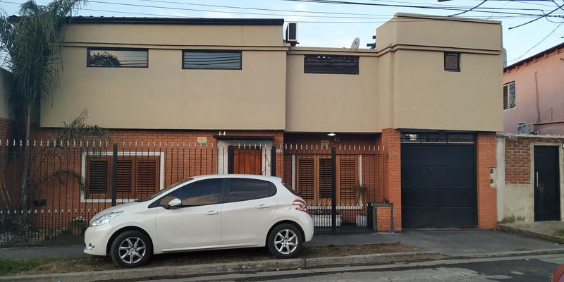 Foto Casa en Venta en  Valentin Alsina,  Lanus  Chaco al 3200