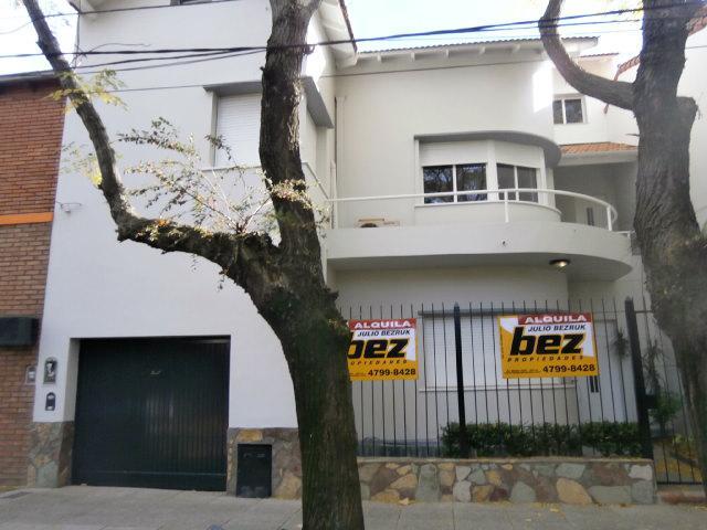 Foto Casa en Alquiler en  La Lucila,  Olivos  JOSE INGENIEROS entre RAWSON y