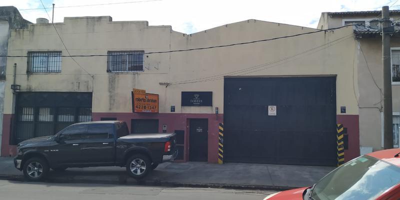 Foto Galpón en Alquiler en  Lanús Oeste,  Lanús  CARLOS TEJEDOR 900