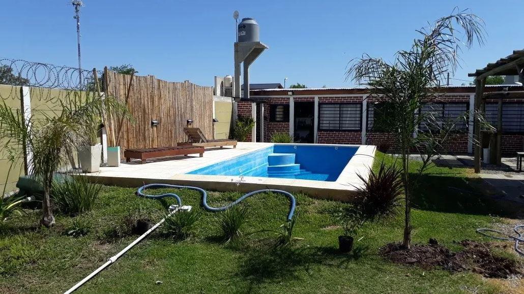 Foto Casa en Venta en  Lisandro Olmos Etcheverry,  La Plata  205 e/ 48 y 50