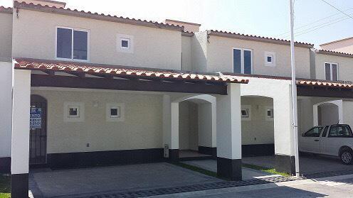 Foto Casa en condominio en Venta en  La Magdalena,  San Mateo Atenco  HACIENDA SANTA MARIA