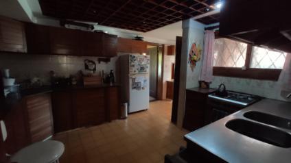Foto Casa en Venta en  Atlántida ,  Canelones  Avenida Circunvalación y Guayabo
