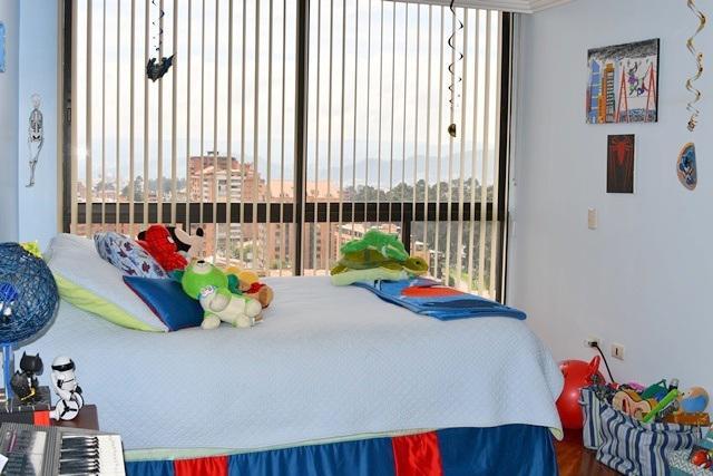 Foto Departamento en Venta en  Sur de Cuenca,  Cuenca  Lujoso departamento 200m2C sector Oro Verde $238.000dlrs.