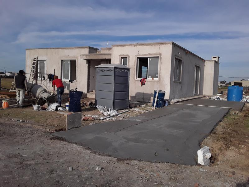 Foto Casa en Venta en  Barrio Privado El Ensueño,  Escobar  Casa a estrenar sobre lote interno en El Ensueño!!
