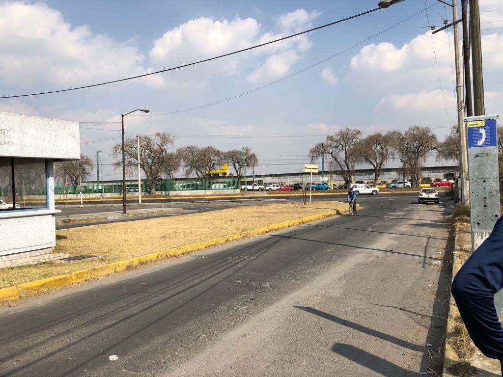 Foto Terreno en Venta en  San Antonio la Isla ,  Edo. de México  Venta de terreno, 6462.5mt, carretera Toluca Tenango, por Floracopio, todos los servicios, San Antonio la Isla, Estado de México