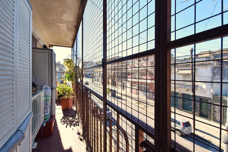 Foto Departamento en Venta en  Parque Chacabuco ,  Capital Federal  Avelino Diaz y Av. Carabobo