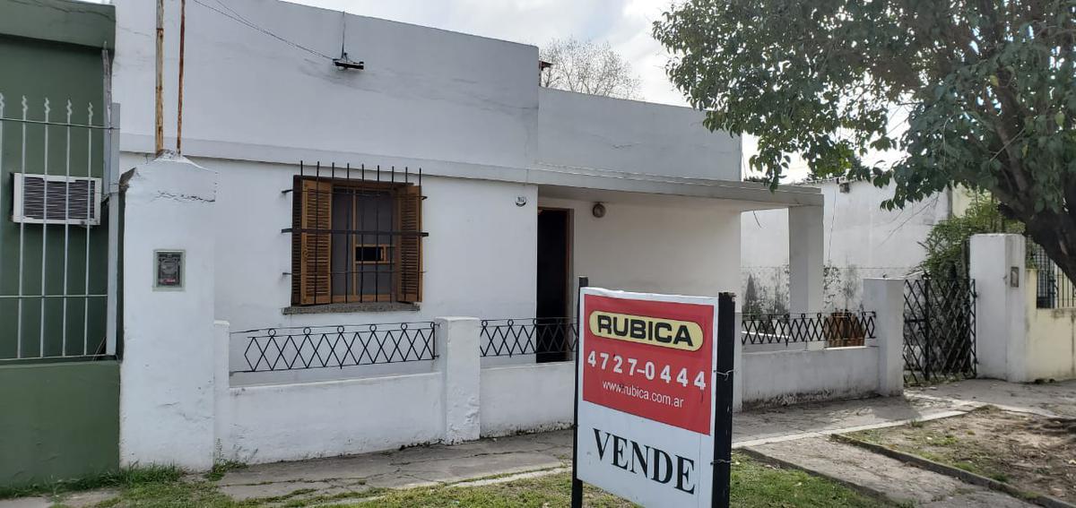 Foto Casa en Venta en  Don Torcuato,  Tigre  Tacuari al 1900