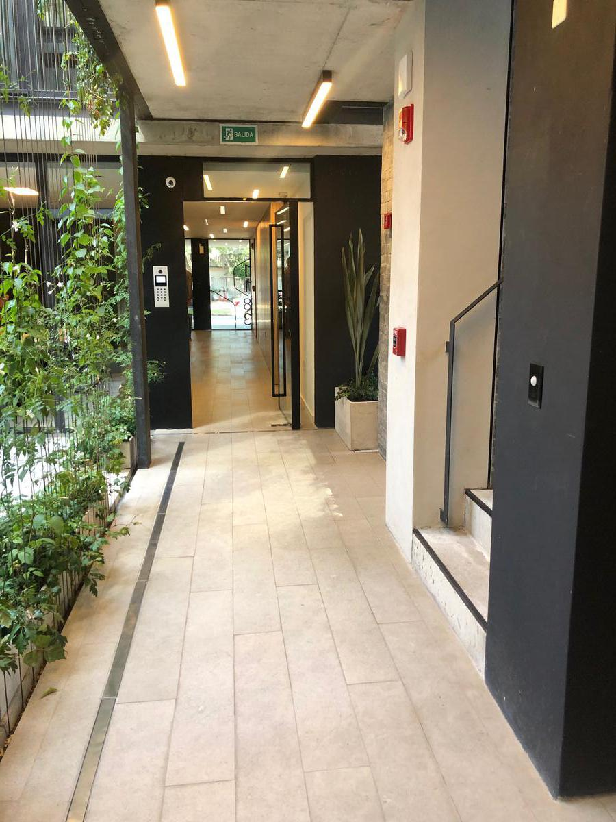 Foto Oficina en Venta en  Pocitos Nuevo ,  Montevideo  OFICINA CERCA DEL WORLD TRADE CENTER