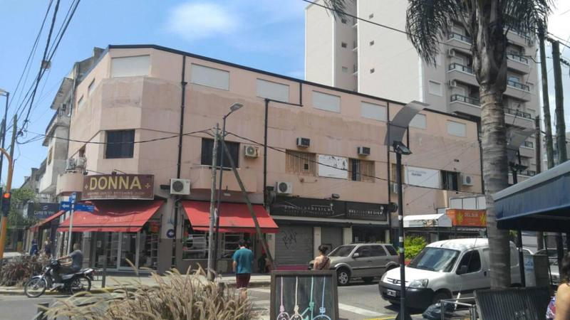 Foto Oficina en Alquiler en  Lanús Oeste,  Lanús  25 DE MAYO   100