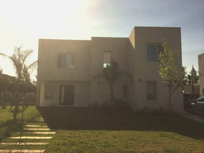 Foto Casa en Venta en  San Rafael,  Villanueva  BV. De Todos Los Santos al 10000