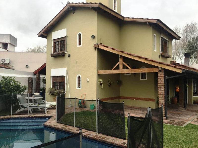 Foto Casa en Venta en  V.Ade.-P.Cisneros,  Villa Adelina  Los Jazmines al 1300