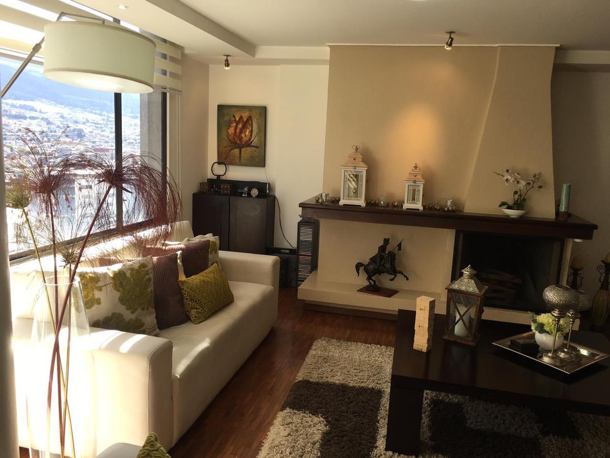 Foto Departamento en Venta en  El Batán,  Quito  VENTA DPTO. 158,88m², 3 DORM. GASPAR DE VILLARROEL