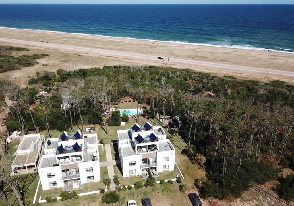Foto Departamento en Alquiler temporario |  en  Otras ,  Rocha  Apartamento frente al Mar - Laguna Garzon / Jose Ignacio - Uruguay