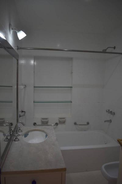 Foto Departamento en Venta en  Recoleta ,  Capital Federal  Cerrito al 1400