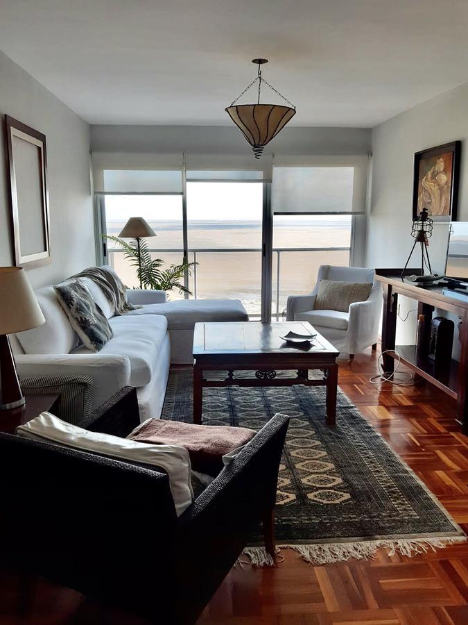 Foto Apartamento en Alquiler en  Punta Carretas ,  Montevideo  Rambla Ghandi al 600