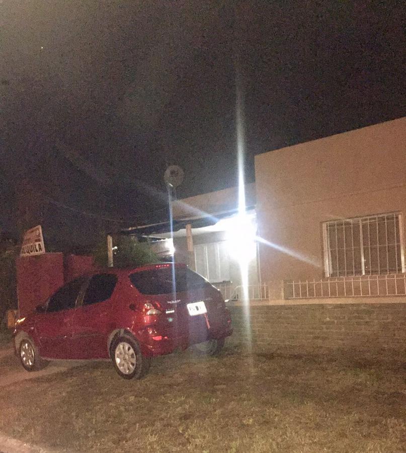 Foto PH en Alquiler en  Ezeiza ,  G.B.A. Zona Sur  Independencia al 1200