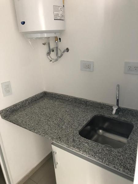 Foto Oficina en Alquiler en  Centro,  Cordoba Capital  27 de Abril 450- Office City V