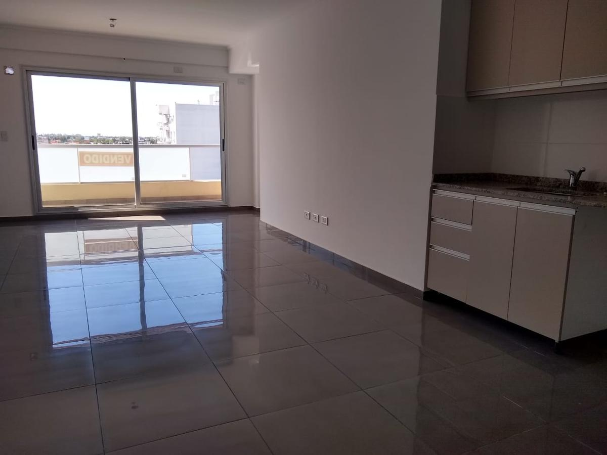 Foto Departamento en Venta en  Wilde,  Avellaneda  RODO 60