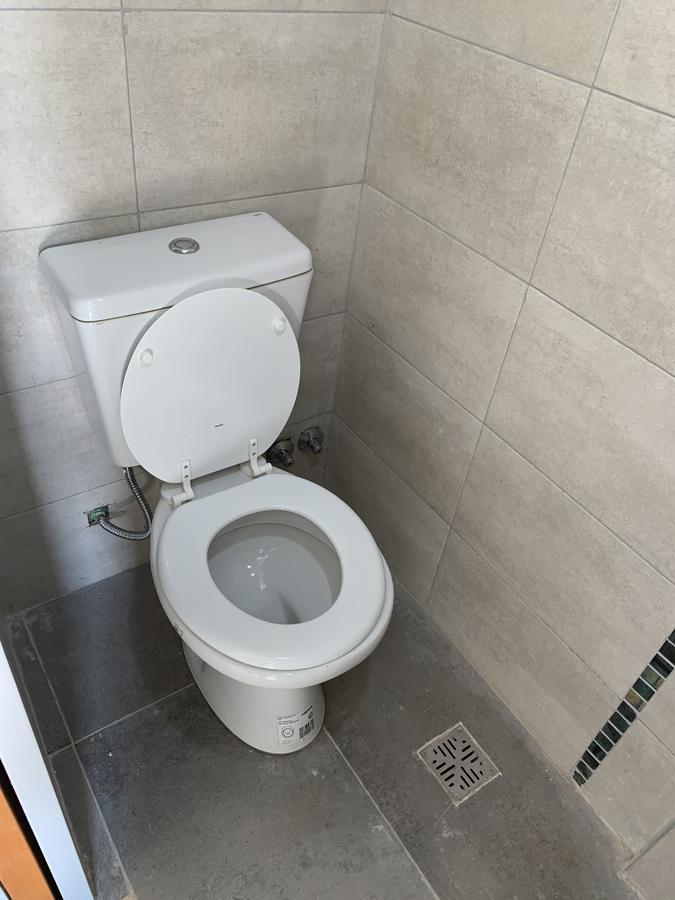 Foto Departamento en Venta en  Remedios De Escalada,  Lanus  Cavour 4485, A
