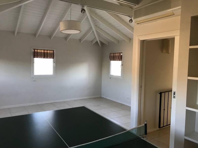 Foto Casa en Alquiler en  Punta Chica,  San Fernando  Escalada al 100