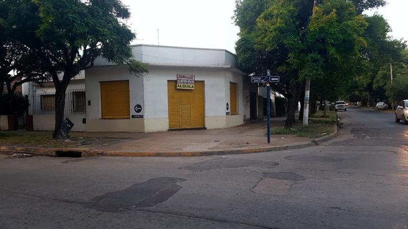 Foto Local en Alquiler en  Moreno,  Moreno  Belgrano esq. Dorrego