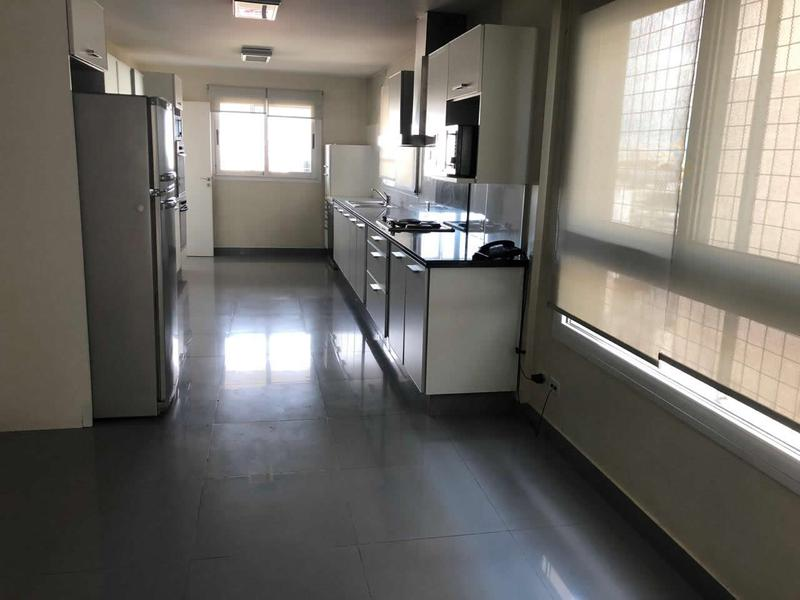 Foto Departamento en Alquiler en  Recoleta ,  Capital Federal  Av Córdoba  2700, Piso