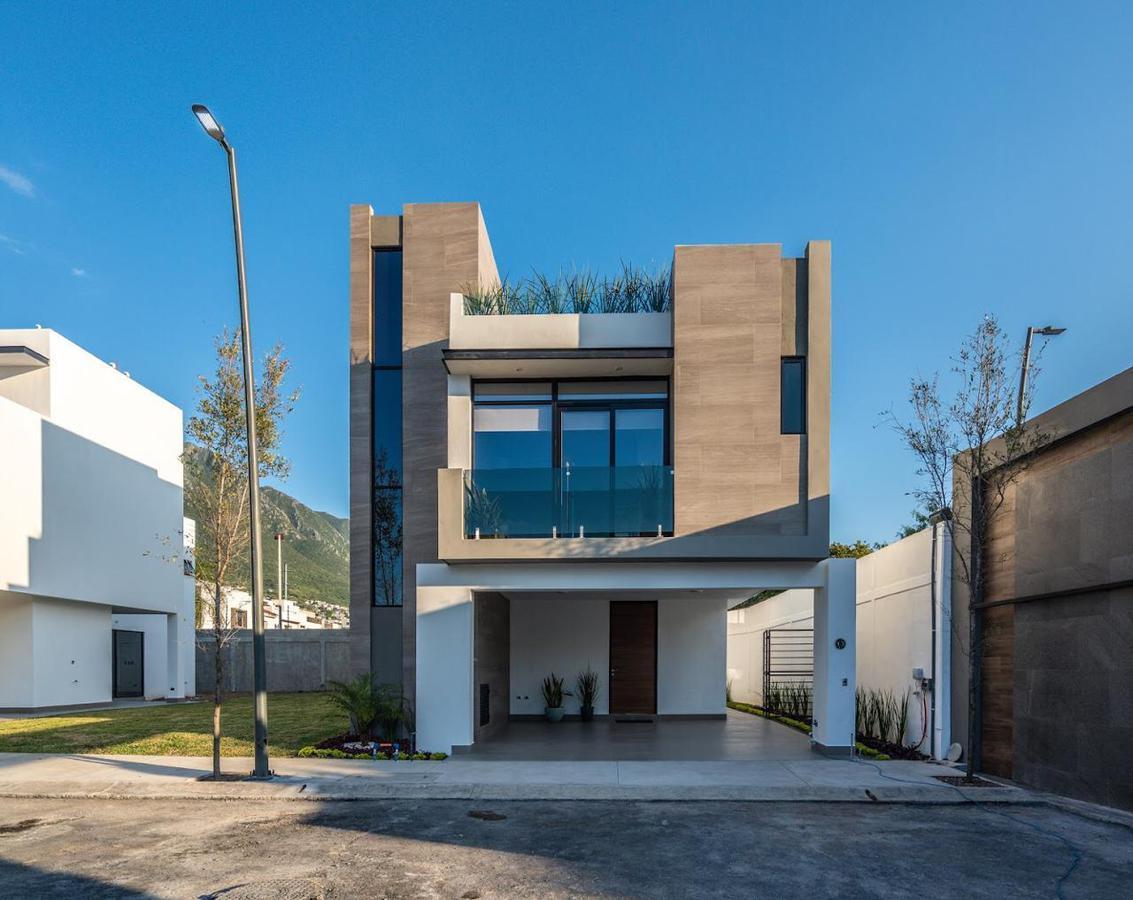 Foto Casa en Venta en  La Estanzuela,  Monterrey  Kiara Residencial