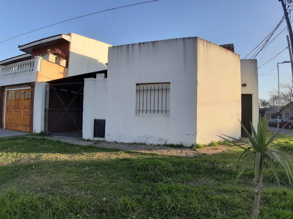 Foto PH en Venta en  Tolosa,  La Plata  527 y 26