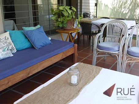 Foto Casa en Venta en  Cordoba Capital ,  Cordoba  Casa en Venta de 3 Dormitorios en B° Nuevo Urca. Con Escritura. Zona Norte