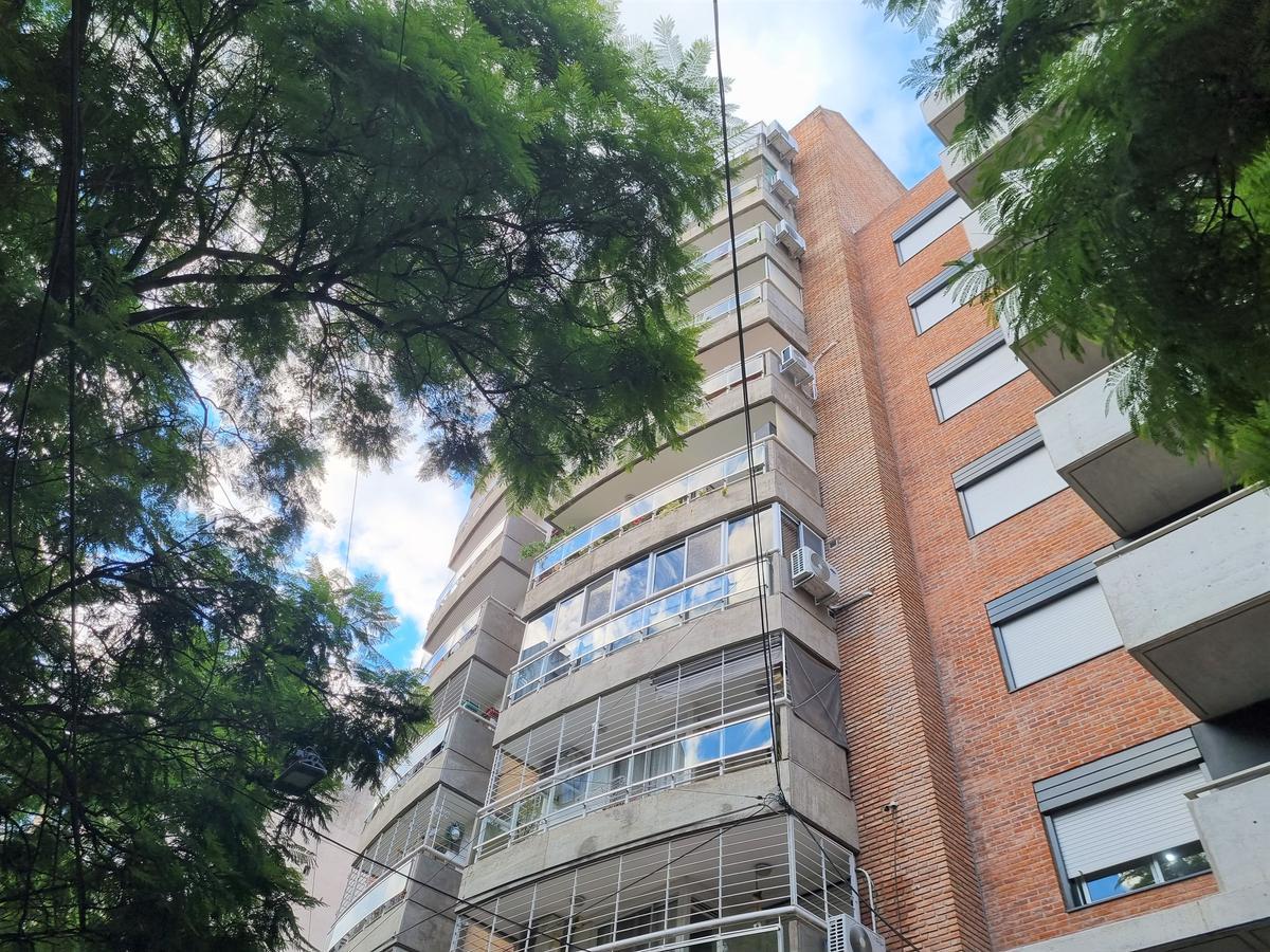 Foto Departamento en Venta en  Centro,  Rosario  Urquiza 2051 04-02