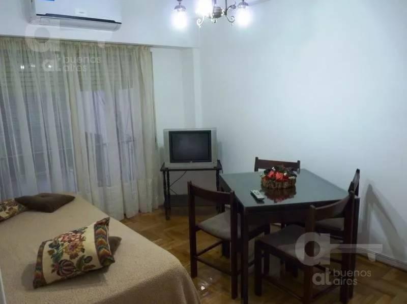 Foto Departamento en Alquiler temporario en  Barrio Norte ,  Capital Federal  CORDOBA 1800 4°