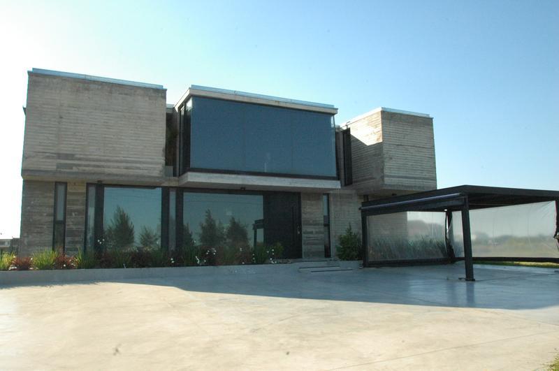 Foto Casa en Venta en  La Providencia,  Countries/B.Cerrado (Ezeiza)  Rp 52 La Providencia