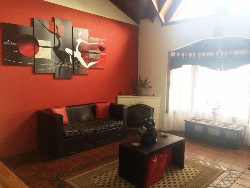 Foto Casa en Venta en  Moron,  Moron  Concejal Horacio Julian 1336