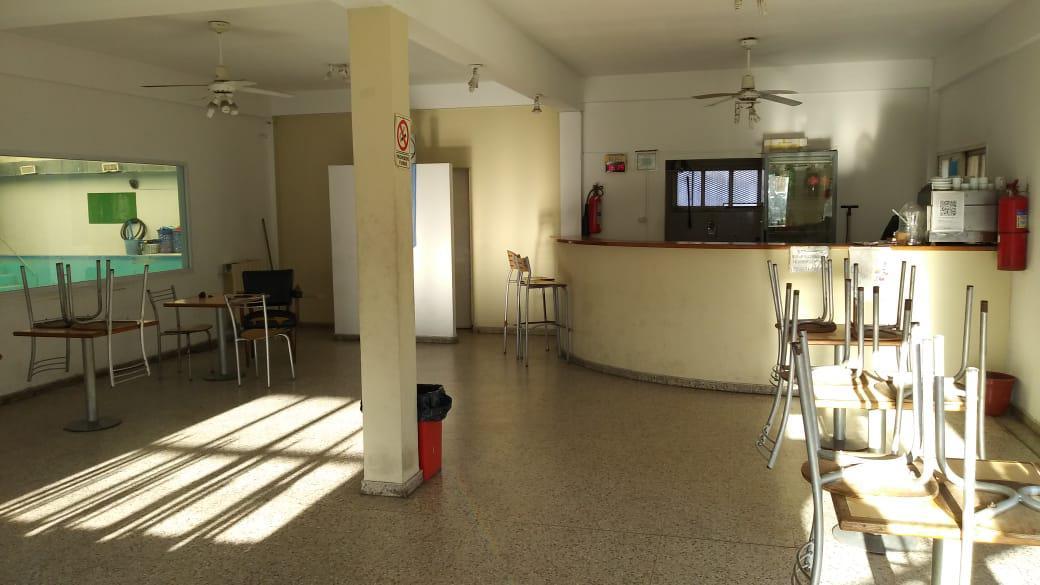 Foto Oficina en Venta en  La Plata,  La Plata  63 e/ 8 y  9