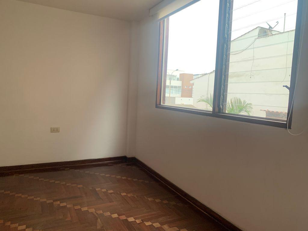 Foto Departamento en Alquiler en  Surquillo,  Lima  Calle El Alheli