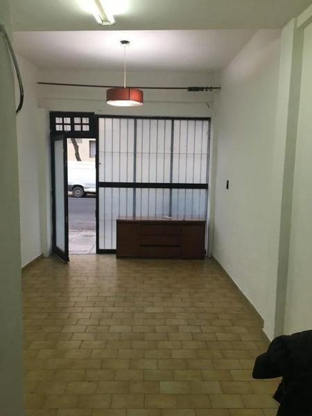 Foto Local en Venta en  Colegiales ,  Capital Federal  CASTILLO 1500