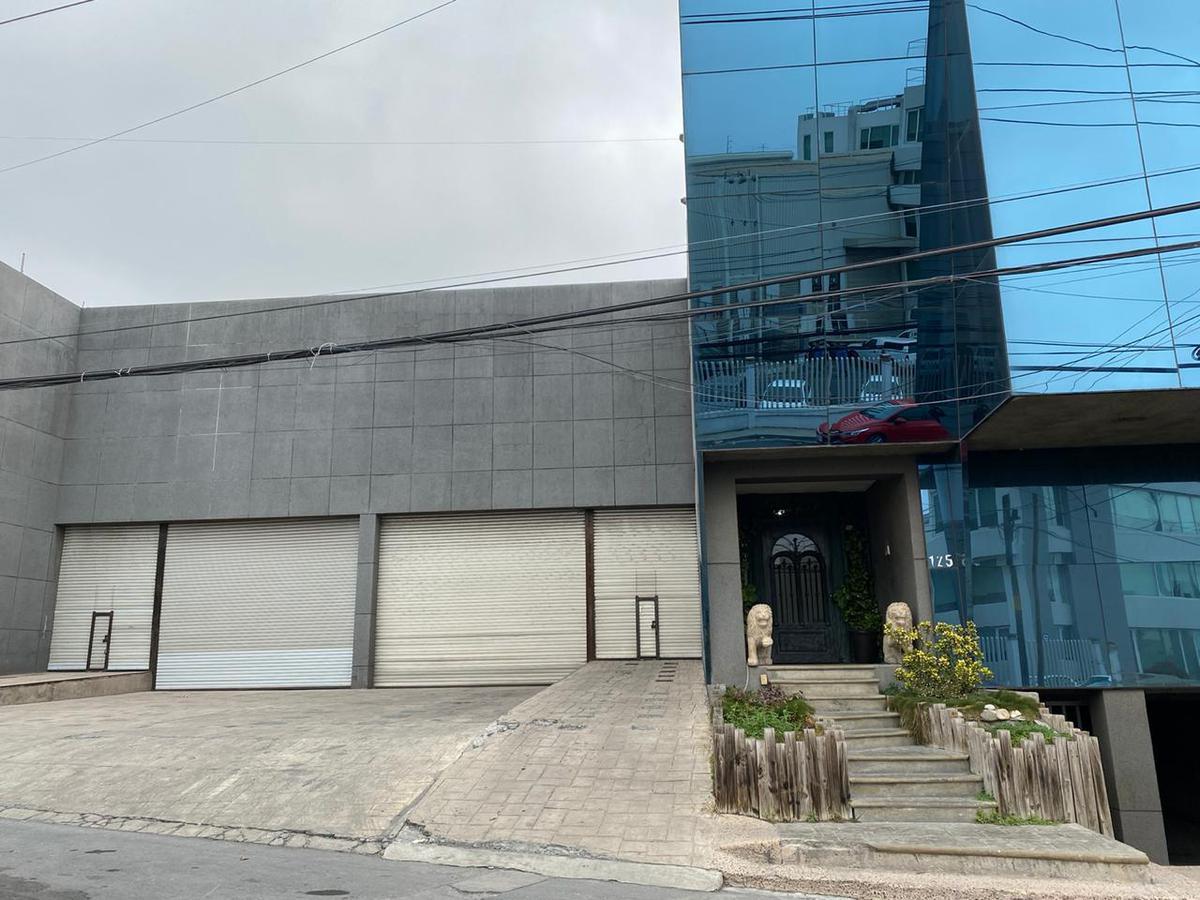 Foto Bodega en Renta en  Santa María,  Monterrey  Fleteros